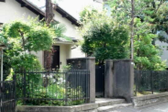 ホタルノヒカリ 蛍とお高さんの家.jpg